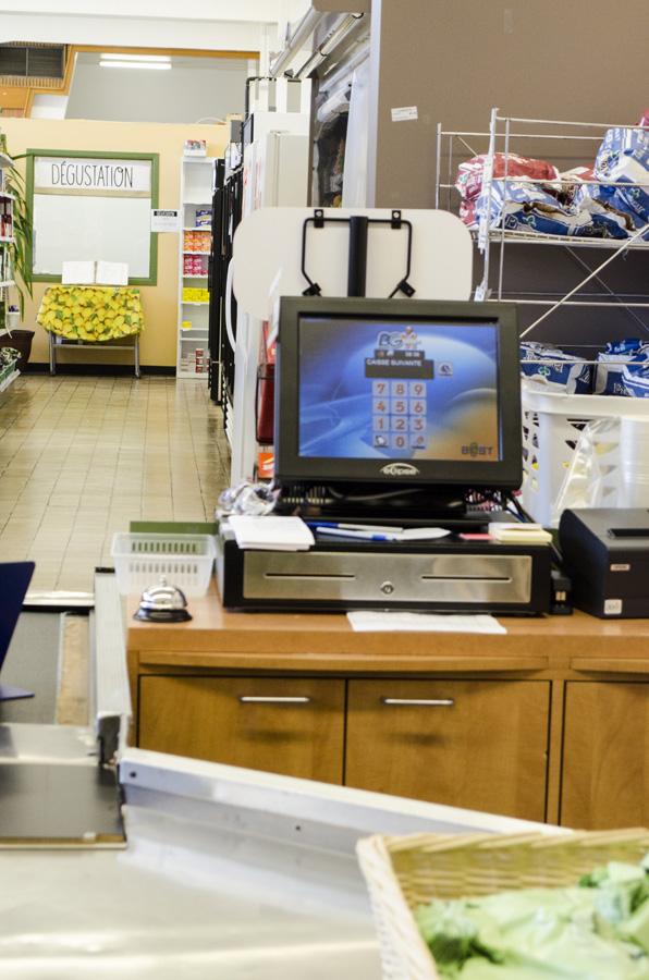 <p>Épicerie communautaire La Recette - Caisses 2</p>